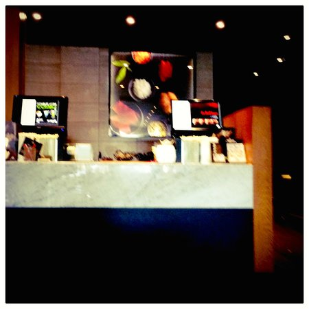 Sushi Shop : The order counter.