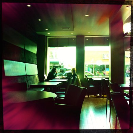 Sushi Shop : View of the restaurant.