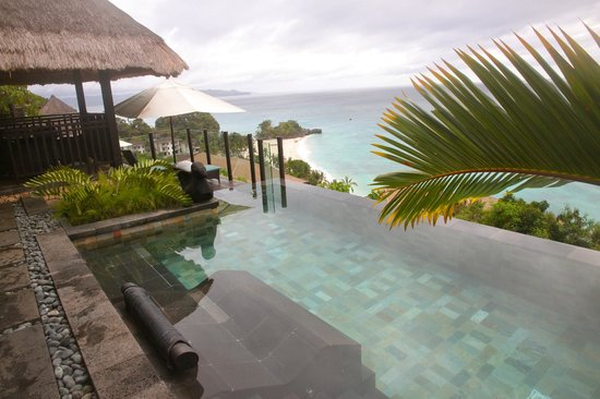 Shangri-La's Boracay Resort & Spa : View from the private pool