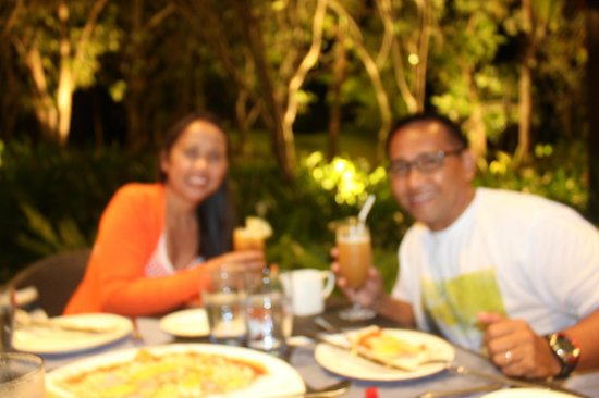 Acqua at Shangri-La's Mactan Resort & Spa: celebrating our wedding anniversary