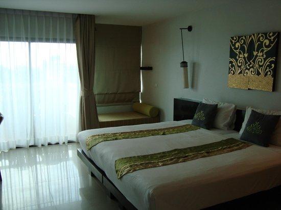 Palmyra Patong Resort: The room