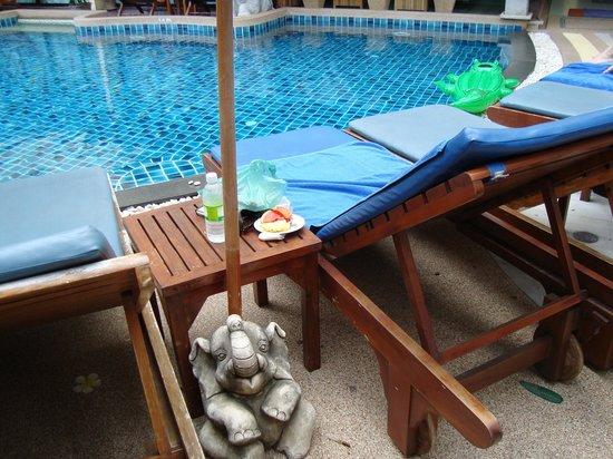 Palmyra Patong Resort: Pool
