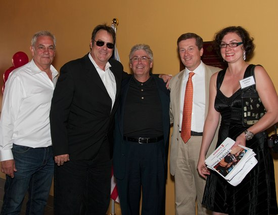 Famous People Players Dinner Theatre : Great Gala with Dan Aykroyd