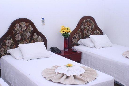 Hotel Brial Plaza: Habitación Triple