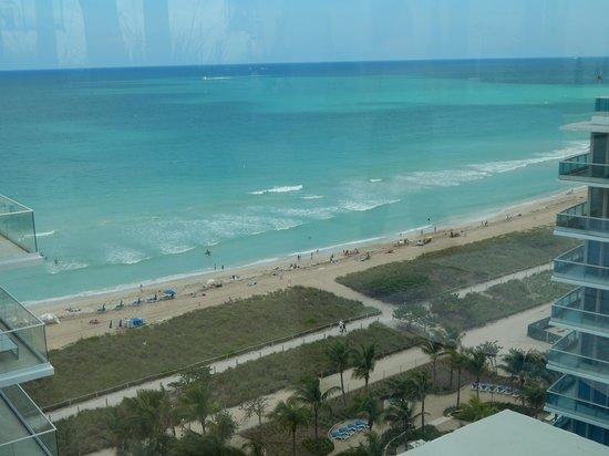 Grand Beach Hotel Surfside: Vista desde la habitación