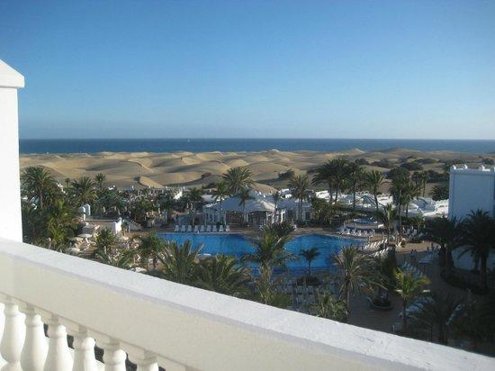 Hotel Riu Palace Maspalomas : View from balcony