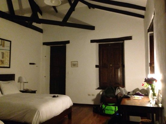 El Albergue Ollantaytambo: Double room with teo king size beds