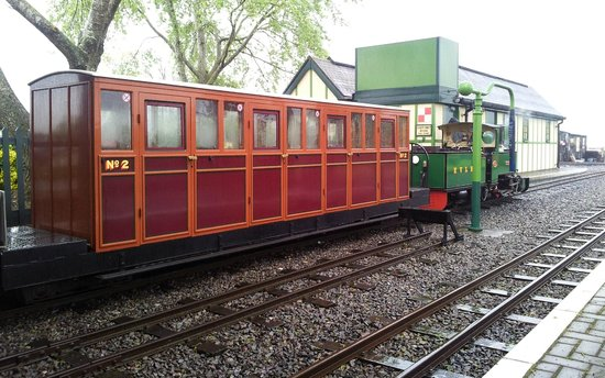 The Valley: The Evesham Vale Light Railway