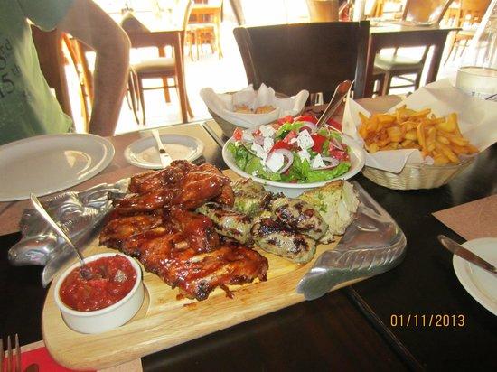 Black Toro: мясная тарелка