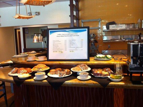 Lotus Honolulu at Diamond Head: Breakfast bar