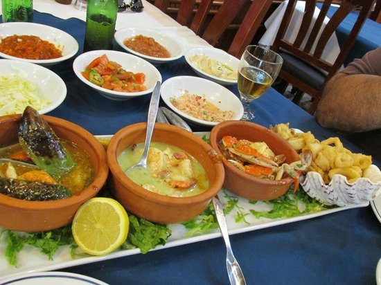Abu Zeid: Plata of sea food