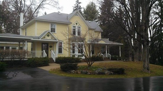 Bellaire Bed and Breakfast: Lovely Home!