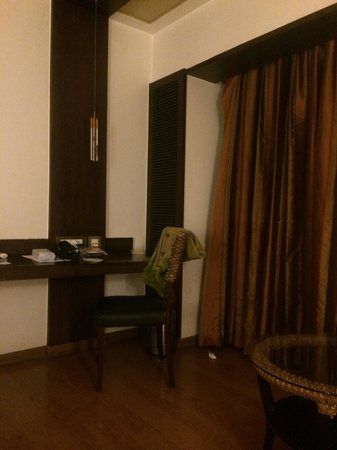Iris - The Business Hotel and Spa: Very nice room ,,