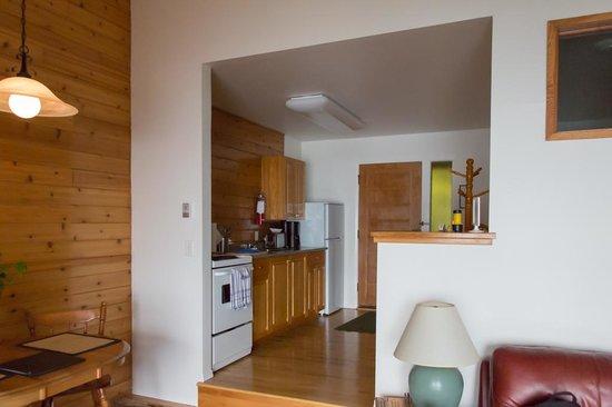 Point-No-Point Resort : Kitchen