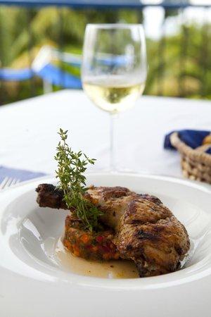 Mille Fleurs Restaurant : Jerk Chicken
