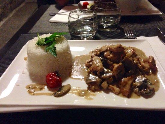Le Top Grill : Émincé de poulet aux champignons et riz blanc