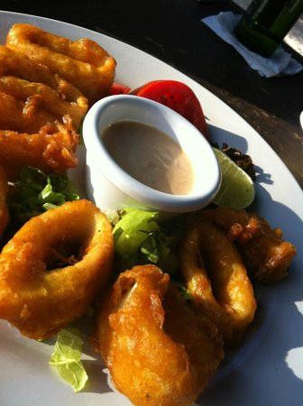 La Buena Vida Restaurant: Calamari made in Heaven