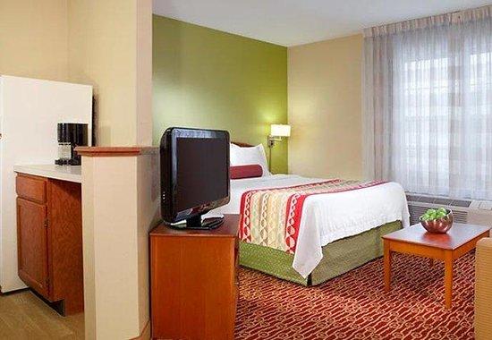 Portland Hotel and Suites : Studio Suite