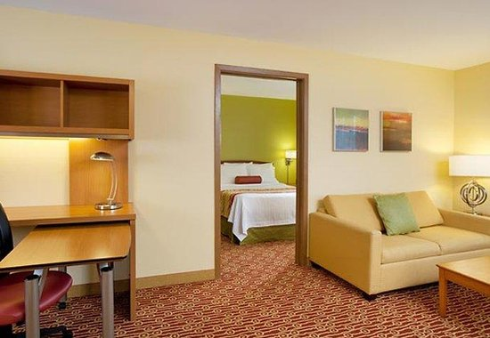 Portland Hotel and Suites : One-Bedroom Suite