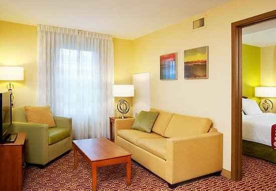 Portland Hotel and Suites : Two-Bedroom Suite