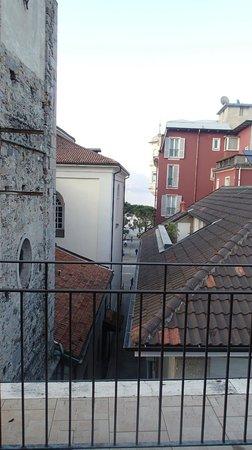 Hotel Moderno: вид с балкона