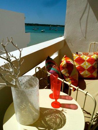HOMEnFUN Formentera Suites: vista loft adriana