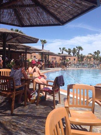 Oasis Duna Hotel: Pool bar