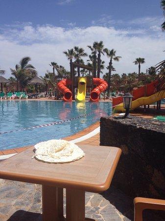 Oasis Duna Hotel: Slides