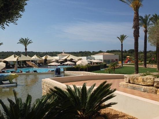 Vale d'Oliveiras Quinta Resort & Spa: View of the pool area
