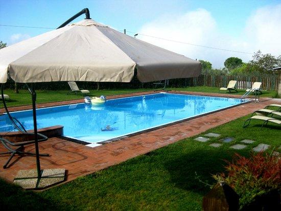Il Borgo dell'Ulivo : piscina