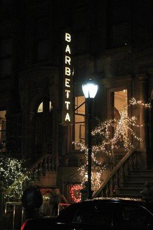 Barbetta : Beautiful lit up entrance