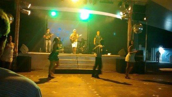 Sauipe Resorts: Noite do samba - Vila Nova da Praia,