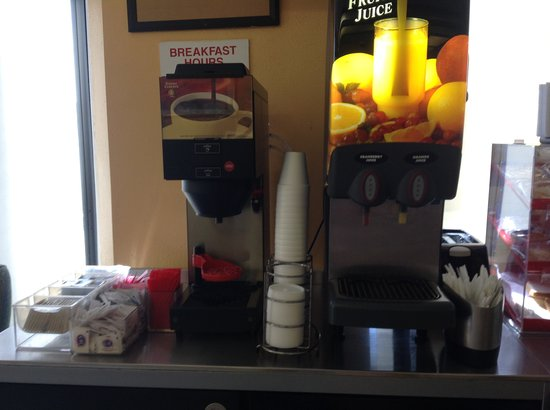Riverside Inn and Suites : Free Continental Breakfast