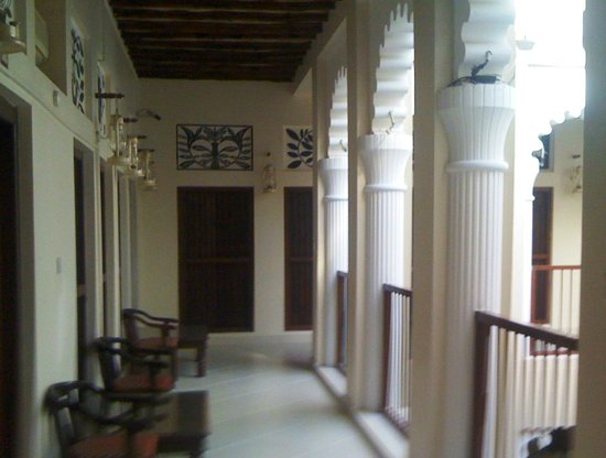Ahmedia Heritage Guest House: Upstairs Portico