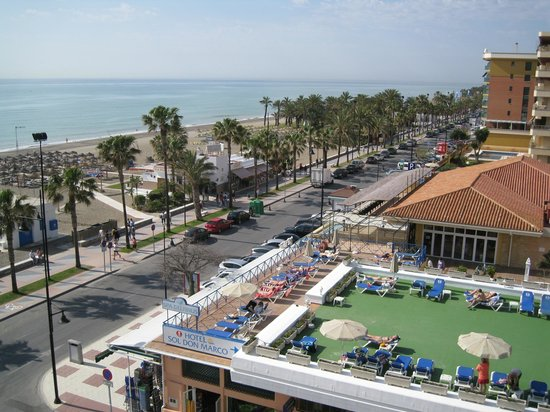 Sol Don Marco: View from room balcony of promenade, beach and restaurants.
