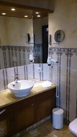 "Hotel ""Santa Isabel"" Europa-Park: Salle de bain"