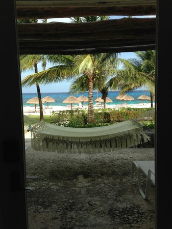 Presidente Inter-Continental Cozumel Resort & Spa: View from beach front room