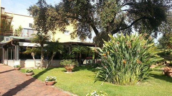 Colleverde Park Hotel: il giardino