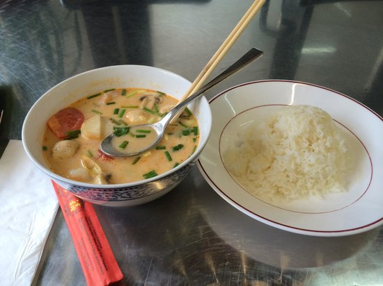 Khoua Vientiane: Tom Yum