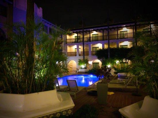 Casa De Palmas Renaissance McAllen Hotel: View from my room at night