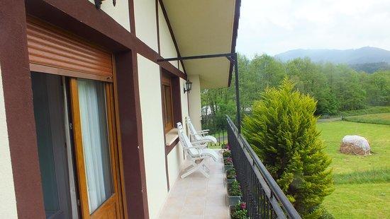 Agroturismo Ibarrondo Etxea: joli balcon de  la chambre