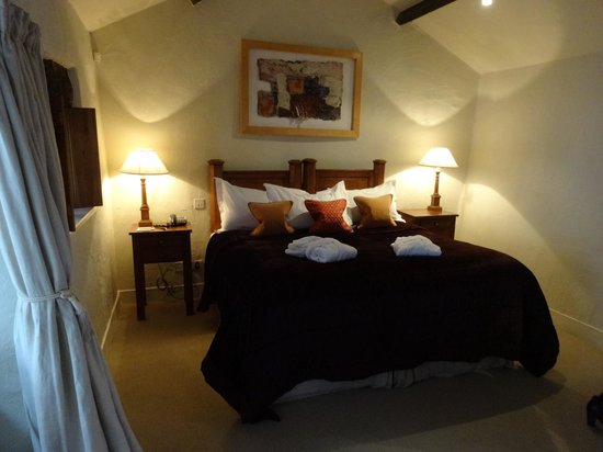 The Samling Hotel : Bedroom, The Bothy suite