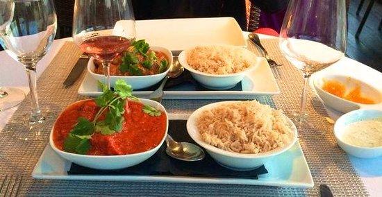El Saluet: Chicken Tikka Masala & Chicken Curry