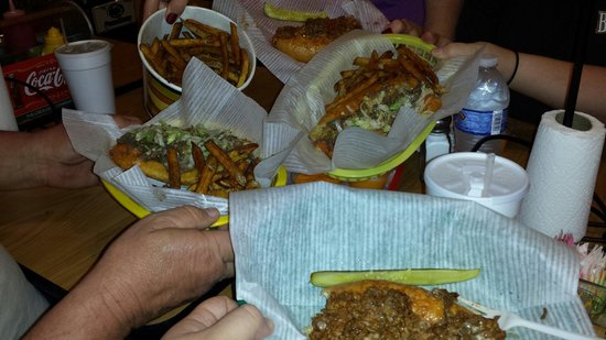 Hunt's Battlefield Fries & Cafe': Cheesesteaks and fries