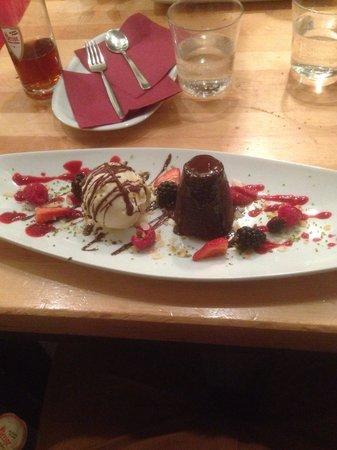 Munstermann Kontor: Moelleux au chocolat et glace café