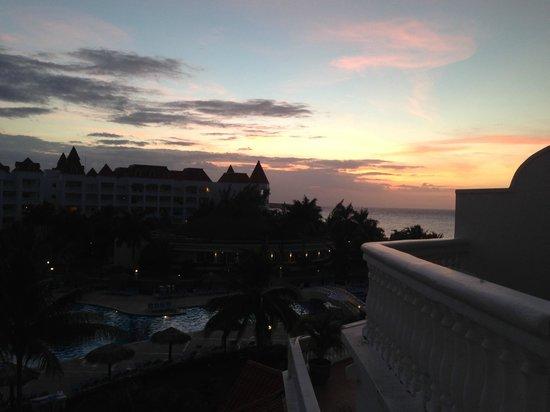 Grand Bahia Principe Jamaica : sunset