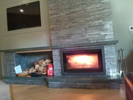 Brimstone at Langdale: Fireside Suite Log Fire