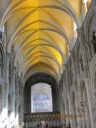 Christchurch Priory Church: Nave roof 2