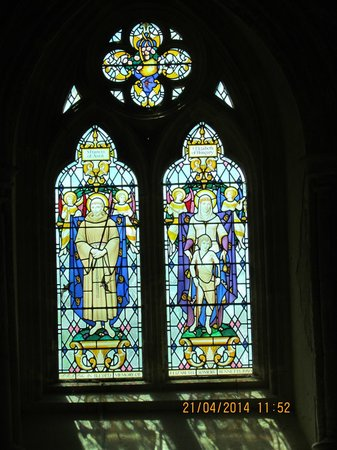 Christchurch Priory Church: Classic stained-glass feature