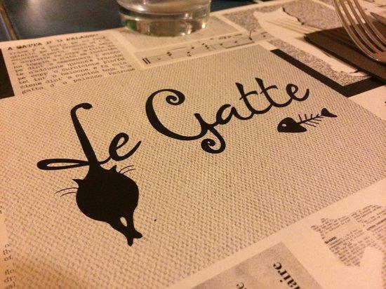 Le Gatte : Meravigliosa tovaglietta!